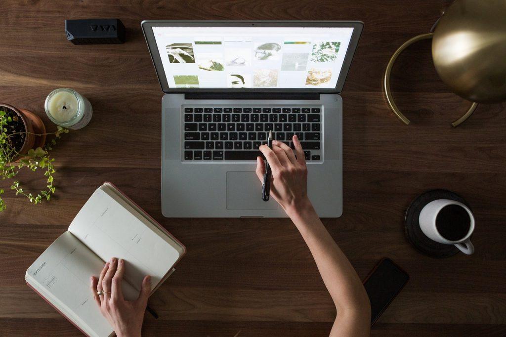 Czas pracy w firmie – jak się go organizuje