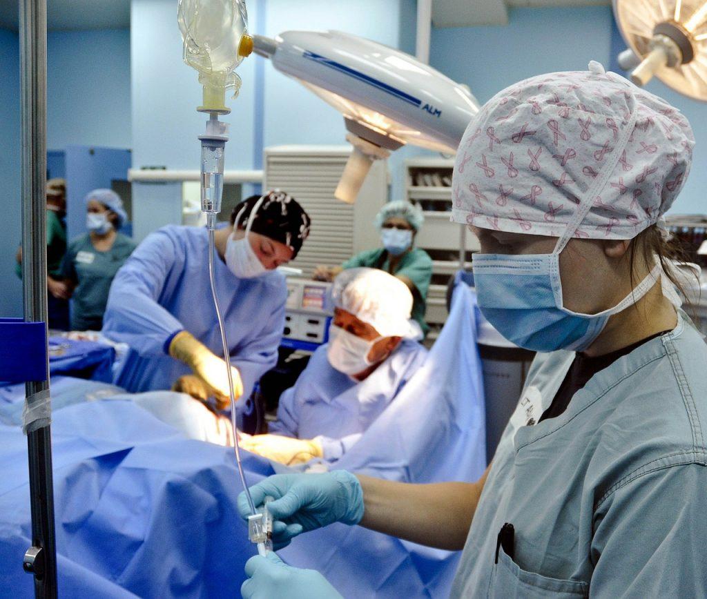 Usuwanie kamieni nerkowych: nie tylko klasyczna operacja