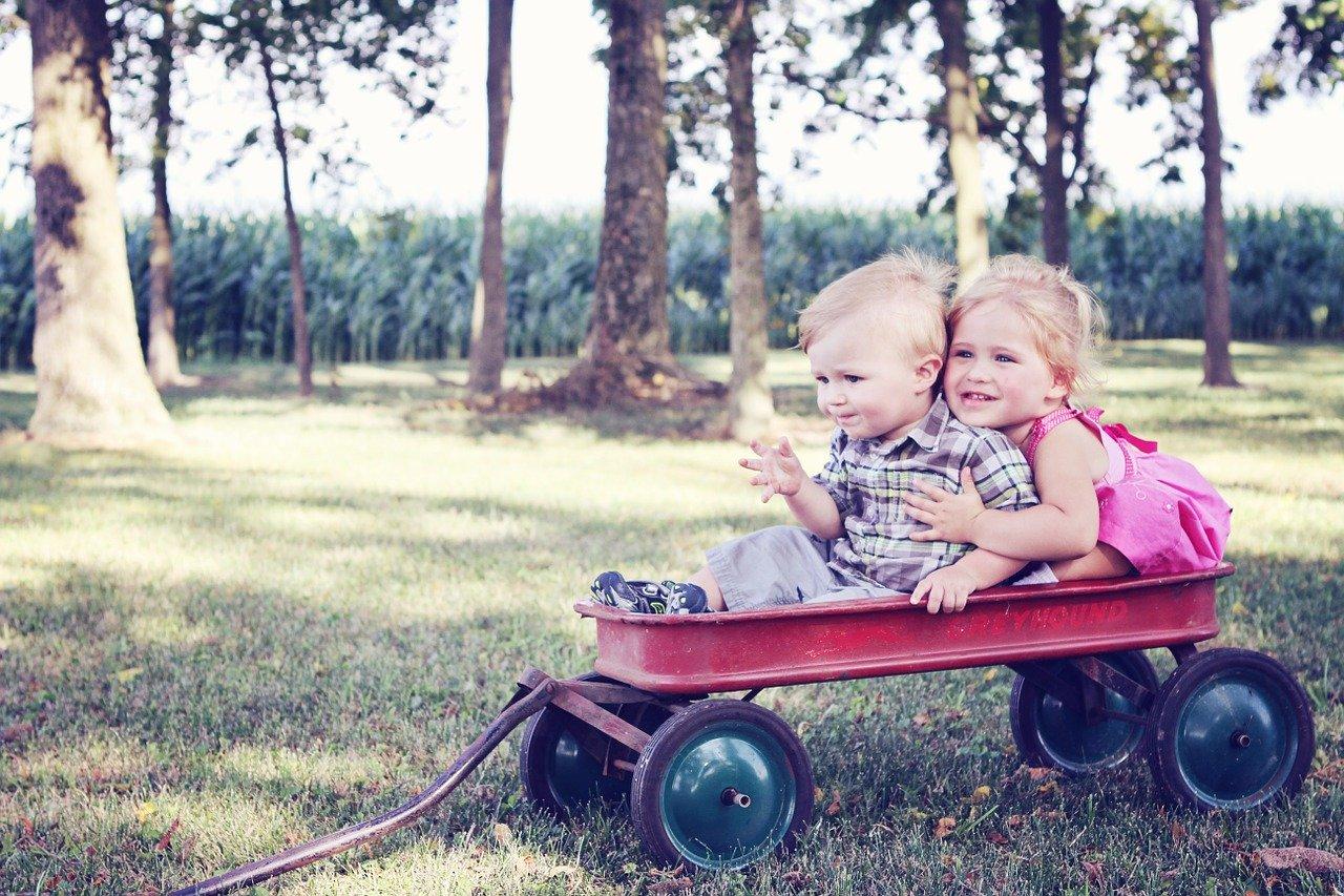Fotelik do pojazdu – kiedy wymienić?